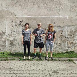 Novy-Ruch-Teatr-od-lewej-Agnieszka-Charkot-Piotr-Soroka-Agnieszka-Dziewa-foto-Tomasz-Pastyrczyk-GOPHOTO.PL
