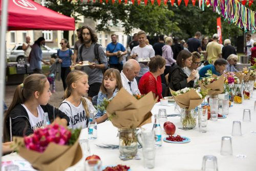 Sąsiedzka kolacja i premiera Przepiśnika Ołbińskiego_fot Alicja Kielan (12)_Easy-Resize.com