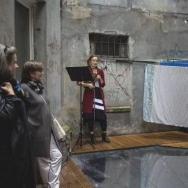 2_Dzień Trójkąta_czytanie w Świetliku_fot_Alicja Kielan (1)-min