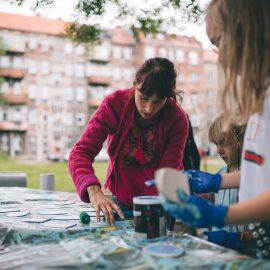 Sąsiadujemy z artystami_Ryba troć na Ołbinie_fot Jerzy Wypych (17)-min