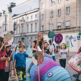 Sąsiadujemy z artystami_Ryba troć na Ołbinie_fot Marta Sobala (23)-min