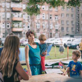 Sąsiadujemy z artystami_Ryba troć na Ołbinie_fot Marta Sobala (2)-min