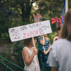 Sąsiadujemy z artystami_Ryba troć na Ołbinie_fot Marta Sobala (31)-min
