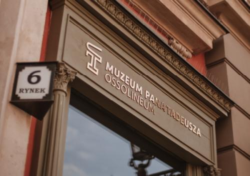 Zdjęcie, fasada Muzeum Pana Tadeusza